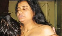 mature-indian-aunty-with-boy-sex-350x216